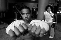 Boxer John Akauola