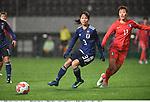 Aya Sameshima (JPN), Jung Seol-Bin (KOR),<br /> DECEMBER 8, 2017 - Football / Soccer :<br /> EAFF E-1 Football Championship 2017 Women's Final match between Japan 3-2 South Korea at Fukuda Denshi Arena in Chiba, Japan. (Photo by Takamoto Tokuhara/AFLO)