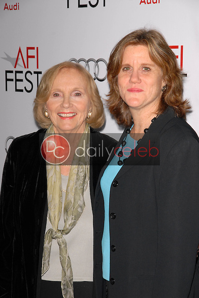 """Eva Marie Saint and daughter Laurette<br /> at the AFI Fest Gala Screening of """"The Imaginarium of Dr. Parnassus,"""" Chinese Theater, Hollywood, CA. 11-02-09<br /> David Edwards/DailyCeleb.com 818-249-4998"""