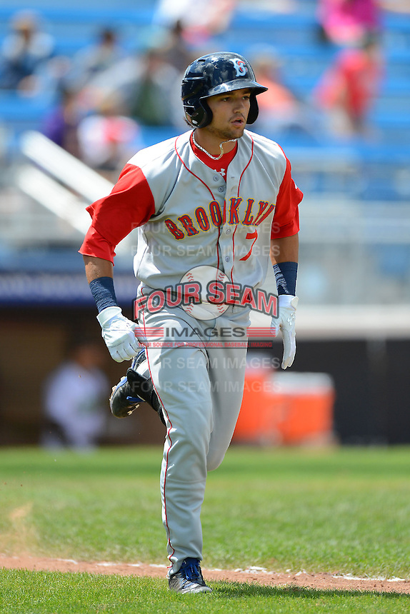 Brooklyn Cyclones second baseman L.J. Mazzilli (7) runs to first after hitting a home run during a game against the Jamestown Jammers on August 4, 2013 at Russell Diethrick Park in Jamestown, New York.  Jamestown defeated Brooklyn 9-5.  (Mike Janes/Four Seam Images)