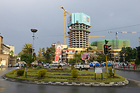 ETHIOPIA , Addis Ababa, traffic circle and chinese office tower and Bank building construction by CSCEC China State Construction Engineering Corporation Ltd. / AETHIOPIEN, Addis Abeba, Baustellen chinesischer Baufirmen, CSCEC China State Construction Engineering Corporation Ltd.
