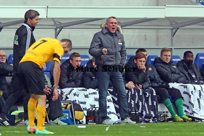 Trainer Olaf Janßen (Dresden)  unzufrieden - FSV Frankfurt vs.Dynamo Dresden, Frankfurter Volksbank Stadion