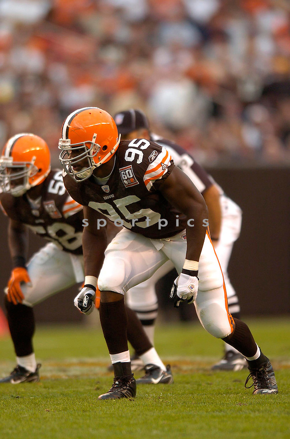 KAMERION WIMBLEY, of the Cleveland Browns , during their game against the Baltimore Ravens on September 24, 2006 in Cleveland, Ohio..Ravens win 15-14..David Durochik / SportPics.