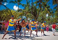 Dominikanische Republik, Punta Cana, Playa Bavaro, Animation, Merengue Unterricht am Strand   Dominican Republic, Punta Cana, Bavaro beach, animation, Merengue lesson at the beach