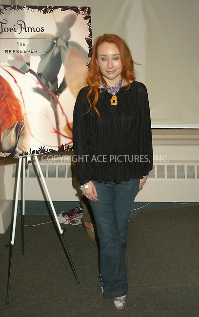 WWW.ACEPIXS.COM . . . . . ....NEW YORK, FEBRUARY 23, 2005....Tori Amos at Barnes & Noble for a signing of her new release 'The Beekeeper.'....Please byline: KRISTIN CALLAHAN - ACE PICTURES.. . . . . . ..Ace Pictures, Inc:  ..Philip Vaughan (646) 769-0430..e-mail: info@acepixs.com..web: http://www.acepixs.com