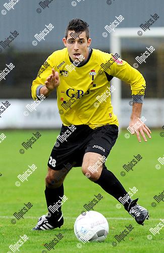 2011-10-09 / Voetbal / seizoen 2011-2012 / Berchem Sport - TSV Lyra / Nico Lansu..Foto: Mpics