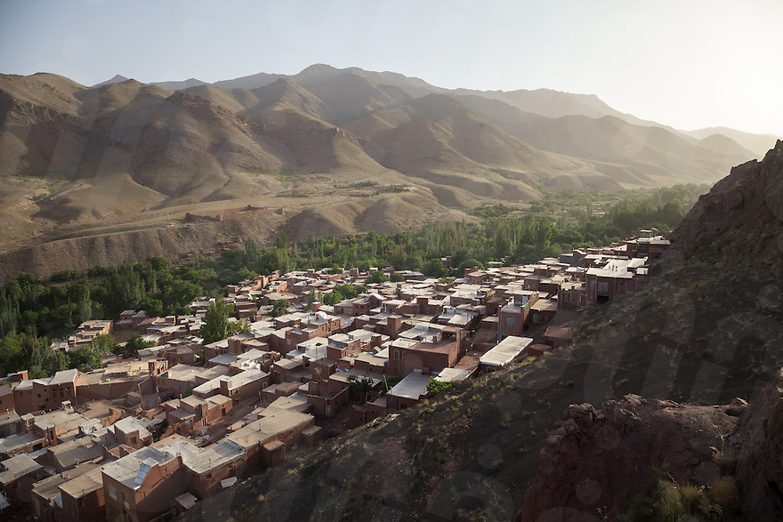 June 17, 2014 - Abyaneh (Iran). A view of the historical village of Abyaneh, recently inscribed in the World Heritage List by the UNESCO. Abyaneh is located at the foot of Karkas Mountain, 70 kilometers southeast of Kashan in Isfahan province. © Thomas Cristofoletti / Ruom