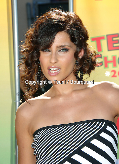 Nelly Furtado at the TEEN CHOICE Awards at the Universal Amphitheatre  in Los Angeles. August 20, 2006.<br /> <br /> headshot<br /> eye contact