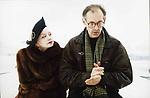 Эмигрантка или Борода в очках и бородавочник (2001)