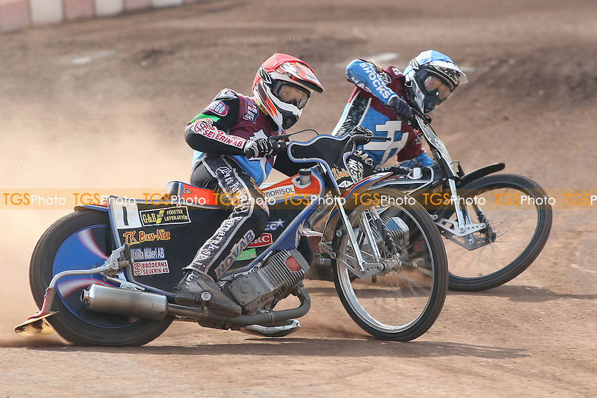 Heat 15: Peter Karlsson (red) and Lee Richardson - Lakeside Hammers vs Eastbourne Eagles - Sky Sports Elite League Speedway at Arena Essex Raceway, Purfleet - 06/04/12 - MANDATORY CREDIT: Gavin Ellis/TGSPHOTO - Self billing applies where appropriate - 0845 094 6026 - contact@tgsphoto.co.uk - NO UNPAID USE.