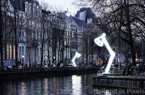 Nederland Amsterdam - december 2018. Amsterdam Light Festival. Two Lamps.  Foto Berlinda van Dam / Hollandse Hoogte