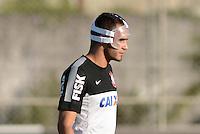 SÃO PAULO,SP, 12 julho 2013 -  Renato Augusto  durante treino do Corinthians no CT Joaquim Grava na zona leste de Sao Paulo, onde o time se prepara  para para enfrenta o Atletico MG pelo campeonato brasileiro . FOTO ALAN MORICI - BRAZIL FOTO PRESS