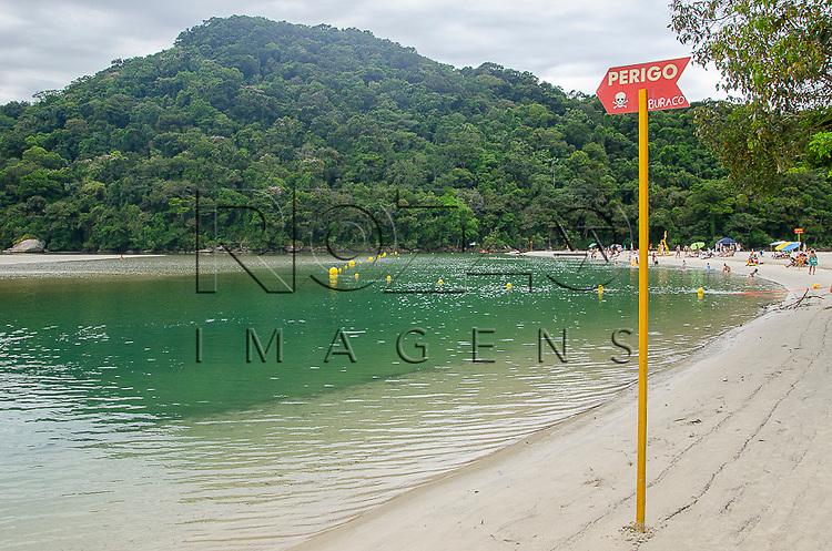 Placa indicando risco de afogamento, Bertioga-SP, 12/2014.