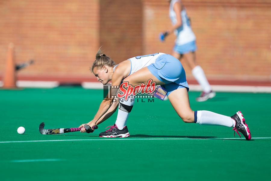 Julia Young (16) of the North Carolina Tar Heels passes the ball during first half action against the Wake Forest Demon Deacons at Kentner Stadium on October 23, 2015 in Winston-Salem, North Carolina.  The Demon Deacons defeated the Tar Heels 3-2.  (Brian Westerholt/Sports On Film)