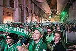 07.02.2019, Alte Werft, Bremen, GER, 1.FBL, 120 Jahre SV Werder Bremen - 120 Jahre Lauter - das Konzert<br /> <br /> im Bild<br /> Fans mit Fan-Schals, <br /> <br /> Der Fussballverein SV Werder Bremen feiert sein 120-jähriges Bestehen. In der Alten Werft Bremen findet anläßlich des Jubiläums ein Konzert für Fans statt. <br /> <br /> Foto © nordphoto / Ewert