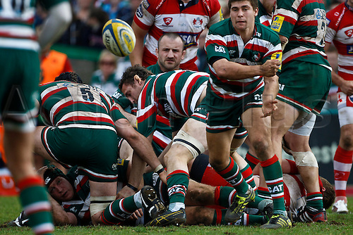 16.04.2011.  Ben Youngs spins a pass.  Aviva Premiership Rugby Union from Welford Road on 16th April 2011.  Final score: Leicester Tigers 41-41 Gloucester Rugby.