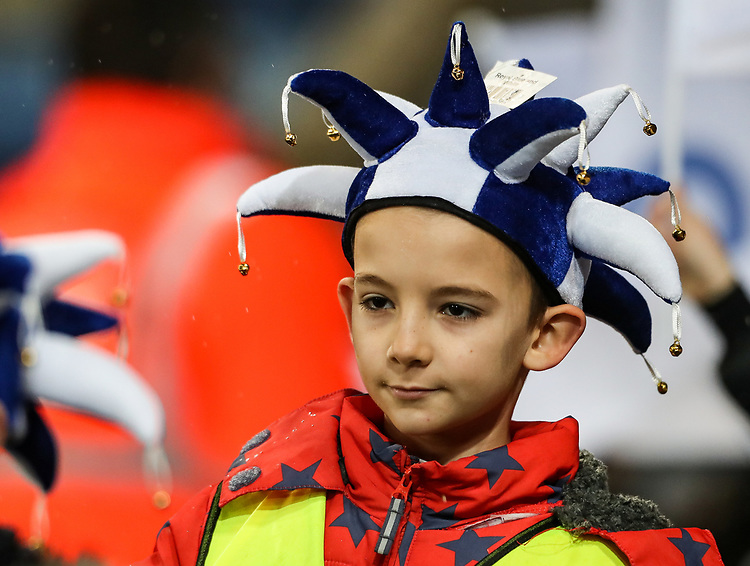 Leicester City guard of honour <br /> <br /> Photographer Andrew Kearns/CameraSport<br /> <br /> English League Cup - Carabao Cup Quarter Final - Leicester City v Manchester City - Tuesday 18th December 2018 - King Power Stadium - Leicester<br />  <br /> World Copyright © 2018 CameraSport. All rights reserved. 43 Linden Ave. Countesthorpe. Leicester. England. LE8 5PG - Tel: +44 (0) 116 277 4147 - admin@camerasport.com - www.camerasport.com