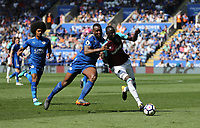 West Ham United's Cheikhou Kouyate and Leicester City's Wes Morgan<br /> <br /> Photographer Rob Newell/CameraSport<br /> <br /> The Premier League - Leicester City v West Ham United - Saturday 5th May 2018 - King Power Stadium - Leicester<br /> <br /> World Copyright &copy; 2018 CameraSport. All rights reserved. 43 Linden Ave. Countesthorpe. Leicester. England. LE8 5PG - Tel: +44 (0) 116 277 4147 - admin@camerasport.com - www.camerasport.com