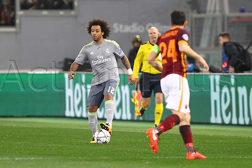 17.02.2016. Stadio Olimpico, Rome, Italy. UEFA Champions League, Round of 16 - first leg, AS Roma versus Real Madrid. MARCELO VIEIRA DA SILVA covered by Florenzi (Roma)
