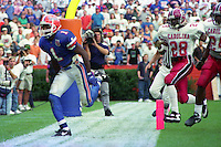Jack Jackson (1), Chris Abrams (28), University of Florida Gators defeat the University of South Carolina Gamecocks 48-17 at Ben Hill Griffin Stadium, Florida Field, Gainseville, Florida, November 12, 1994 . (Photo by Brian Cleary/www.bcpix.com)