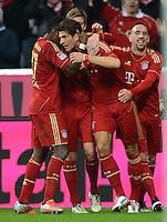 FUSSBALL   1. BUNDESLIGA  SAISON 2012/2013   13. Spieltag FC Bayern Muenchen - Hannover 96     24.11.2012 Jubel nach dem Tor zum 5:0 mit Mario Gomez und Franck Ribery (v. li., FC Bayern Muenchen)