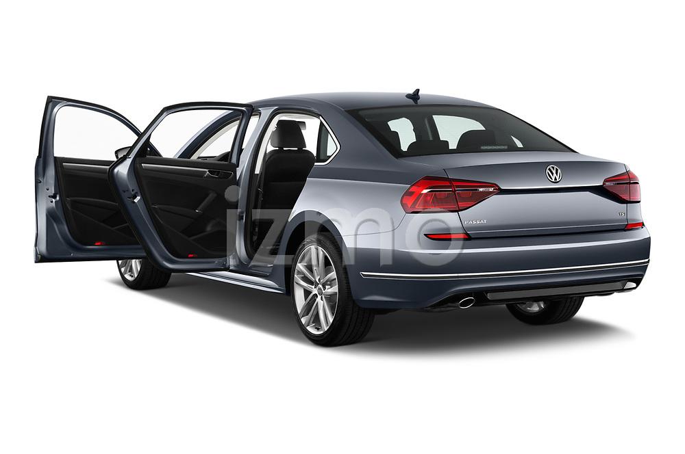 Car images of 2017 Volkswagen Passat R-Line 4 Door Sedan Doors