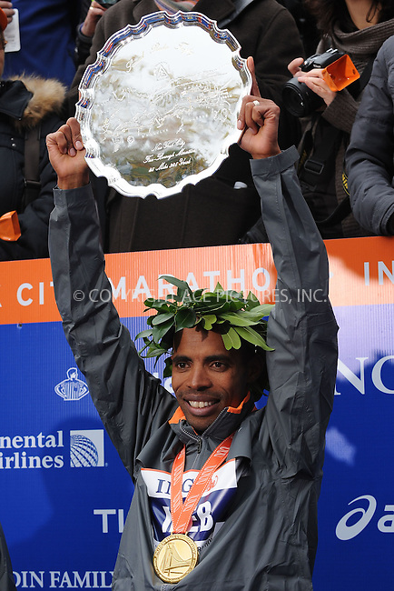 WWW.ACEPIXS.COM . . . . . ....November 1 2009, New York City....Meb Keflezighi of the USA celebrates after his win in the 40th mens ING New York City Marathon on November 1, 2009 in New York City.....Please byline: KRISTIN CALLAHAN - ACEPIXS.COM.. . . . . . ..Ace Pictures, Inc:  ..(212) 243-8787 or (646) 679 0430..e-mail: picturedesk@acepixs.com..web: http://www.acepixs.com