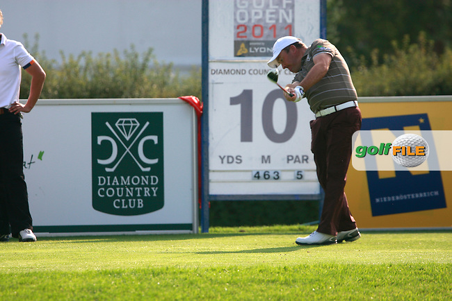 Damien McGrane (IRL) tees off on the 10th tee during Thursday's Round 1 of the Austrian Open presented by Lyoness at the Diamond Country Club, Atzenbrugg, Austria, 22nd September 2011 (Photo Eoin Clarke/www.golffile.ie)