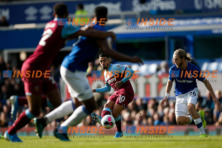 Manuel Lanzini of West Ham United during the Premier League match between Everton and West Ham United at Goodison Park on October 19th 2019 in Liverpool, England. (Photo by Daniel Chesterton/phcimages.com)<br /> Foto PHC/Insidefoto <br /> ITALY ONLY