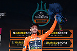 Adam Yates (GBR) Mitchelton-Scott also takes over the sprints Maglia Arancione on the podium at the end of Stage 5 of the Race of the Two Seas, the 54th Tirreno-Adriatico 2019, running 180km from Colli al Matauro to Recanati, Italy. 17th March 2019.<br /> Picture: LaPresse/Gian Mattia D'Alberto | Cyclefile<br /> <br /> <br /> All photos usage must carry mandatory copyright credit (© Cyclefile | LaPresse/Gian Mattia D'Alberto)
