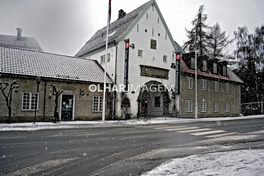 Fachada do Museu Folclórico da Noruega.  Oslo. 2008. Foto de Marcio Nel Cimatti.