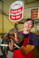 Vancouver, BC, Canada, August 2006. Live Lobster and Crab at 'The Lobsterman' of Granville Island. Squeezed in between the Rocky Mountains and the Pacific Ocean, Vancouver has a special feel. Photo by Frits Meyst/Adventure4ever.com