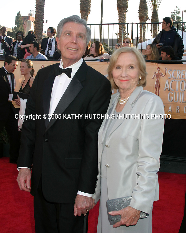 ©2005 KATHY HUTCHINS /HUTCHINS PHOTO.11TH SCREEN ACTOR'S GUILD AWARDS.SHRINE AUDITORIUM.LOS ANGELES, CA.FEBRUARY 5, 2005..EVA MARIE SAINT.ESCORT