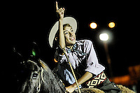Javier Calvelo/ URUGUAY/ MONTEVIDEO/ Rural del Prado/ Semana Criolla - edici&oacute;n 91 de la Semana Criolla, que cada a&ntilde;o convoca unas 200 mil personas. Hay espect&aacute;culos teatrales, ferias artesanales y una amplia variedad de gastronom&iacute;a criolla, el principal atractivo de esta semana es el de las jineteadas y pruebas con caballos. <br /> La Criolla del Prado cuenta con dos escenarios donde se presentar&aacute;n una gran variedad de espect&aacute;culos.<br /> En la foto:  Participantes de la prueba de rienda en la Rural del Prado durante la Semana Criolla. Foto: Javier Calvelo/ adhocFotos<br /> 20160322 dia martes<br /> adhocFotos