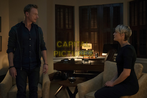 Ben Daniels and Robin Wright <br /> in House of Cards<br /> (Season 2)<br /> *Filmstill - Editorial Use Only*<br /> CAP/NFS<br /> Image supplied by Netflix/Capital Pictures