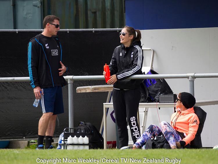 Matt Kritz (L), Jenelle Strickland, Jacinta Horan. NZ Women's Sevens team trains. 20 May 2015. Amsterdam, Netherlands. Photo: Marc Weakley