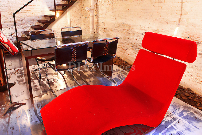 contemporary red chaise lounge