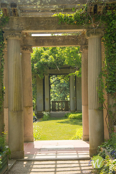 Harkness Memorial State Park. West garden stone pergola view.