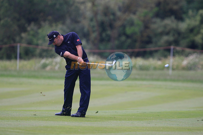 Thomas Levet (FRA) in action on the 18th hole during Day 3 of the Open de Espana at Real Club De Golf El Prat, Terrasa, Barcelona, 7th May 2011. (Photo Eoin Clarke/Golffile 2011)