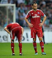 FUSSBALL   1. BUNDESLIGA   SAISON 2011/2012    5. SPIELTAG SV Werder Bremen - Hamburger SV                         10.09.2011 David JAROLIM (li) und Heiko WESTERMANN (re, beide Hamburg) sind enntaeuscht