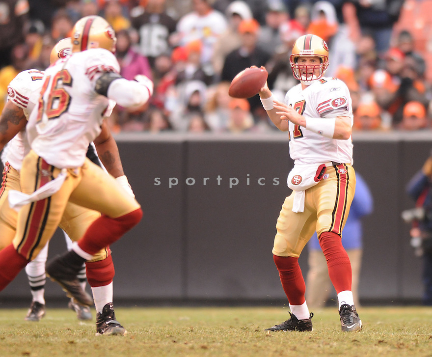 CHRIS WEINKE, of the San Francisco 49ers  in action during the 49ers game against the Cleveland Browns on December 30, 2007 in Cleveland, Ohio...BROWNS win 20-7..SportPics
