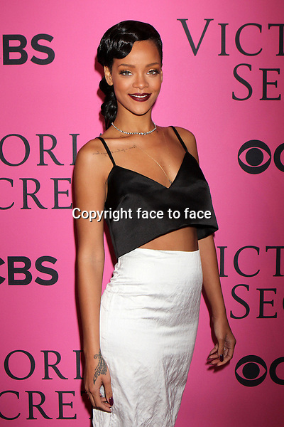 Rihanna arrives on the pink carpet at the Victoria's Fashion Show at the Lexington Armory in New York, 07.11.2012...Credit: Rolf Mueller/face to face