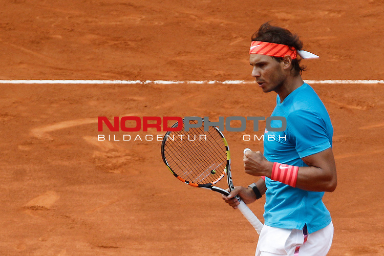 Rafael Nadal from Spain celebrates during his Madrid Open tennis tournament match against Steve Johnson from USA in Madrid, Spain. May 06, 2015. Foto © nph / Victor Blanco)