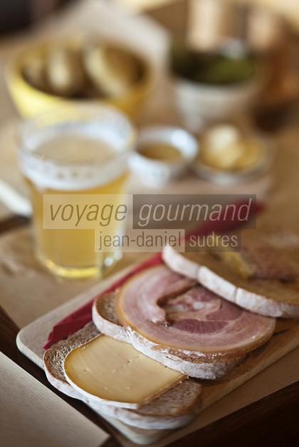 Europe/France/Nord-Pas-de-Calais/59/Nord/ Boeschepe: Estaminet : De Vierpot,  détail d'une planche, le casse-croute flamand
