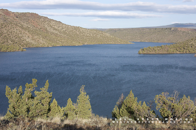 The afternoon wind whips upstream at the Prineville Reservoir, Oregon.