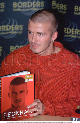 DAVID BECKHAM launches his book, David Beckham My World, at Borders Book SHop, London, 001029. Photo: Matthew Clarke/Action Plus...2000.autobiography.book signing.soccer.football.english premiership club clubs.association.portrait.premier league