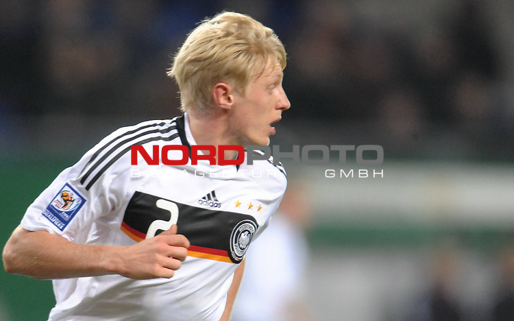 Fussball, L&auml;nderspiel, WM 2010 Qualifikation Gruppe 4  14. Spieltag<br />  Deutschland (GER) vs. Finnland ( FIN ) 1:1 ( 0:1 )<br /> <br /> Andreas BECK ( Ger / Glasgow #02) <br /> <br /> Foto &copy; nph (  nordphoto  )