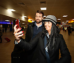 Russell Martin arrives at Glasgow airport to sign for Rangers and gets selfies with some fans