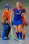 GER - Mannheim, Germany, December 19: During the 1. Bundesliga Sued Damen indoor hockey match between Mannheimer HC (blue) and Nuernberger HTC (red) on December 19, 2015 at Irma-Roechling-Halle in Mannheim, Germany. Final score 8-2 (HT 3-2). (Photo by Dirk Markgraf / www.265-images.com) *** Local caption *** Laura Bassemir #25 of Mannheimer HC