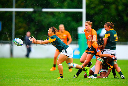 23.08.2015. Dublin, Ireland. Women's Sevens Series Qualifier 2015. Netherlands versus South Africa. Mathrin Simmers (South Africa) releases the ball from a ruck.